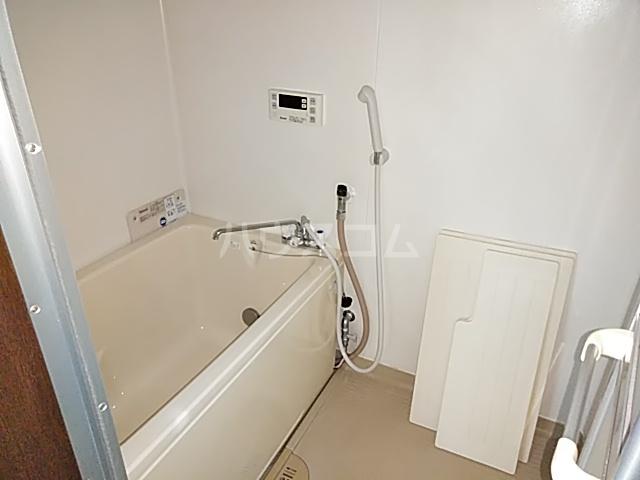 今里ハイツ 202号室の風呂