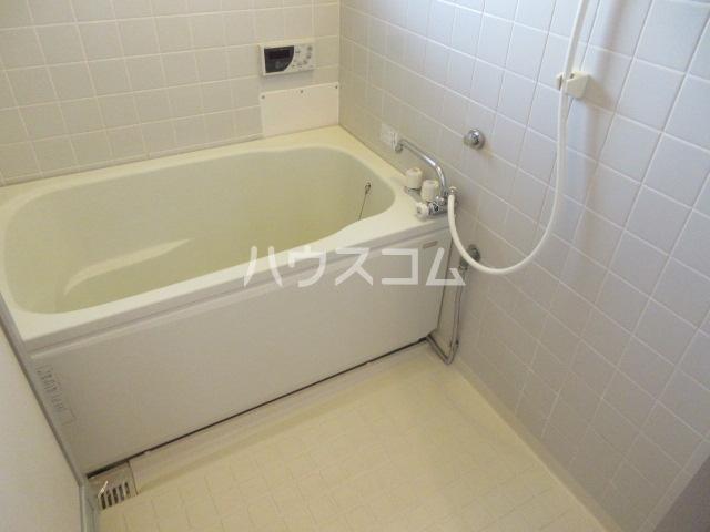 レジデンス住谷D棟 207号室の風呂