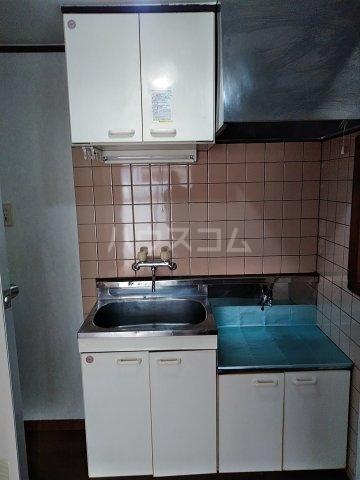 コーポT C-1号室のキッチン