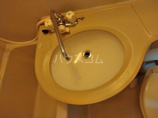 コーポT C-1号室の洗面所