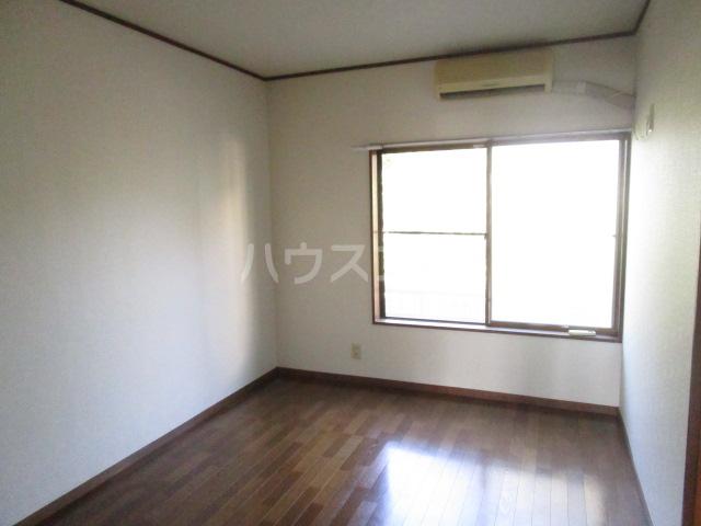 エスペランサ並木Ⅱ 103号室のリビング