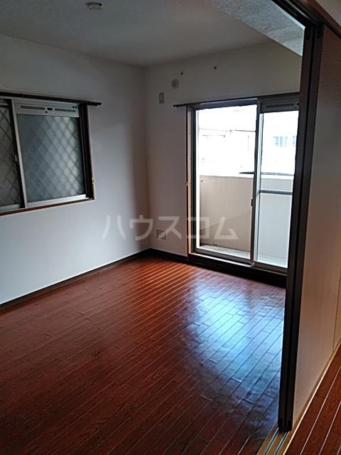 マテール寺田Ⅱ 101号室のリビング