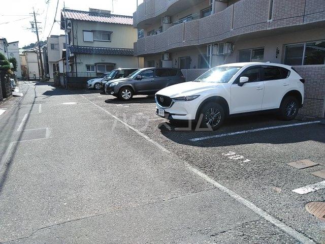 マテール寺田Ⅱ 103号室の駐車場