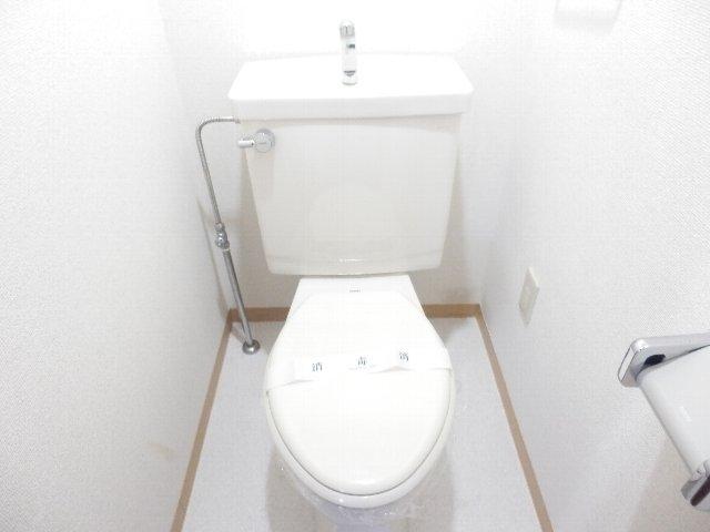 プロビデンス日比野 2D号室のトイレ