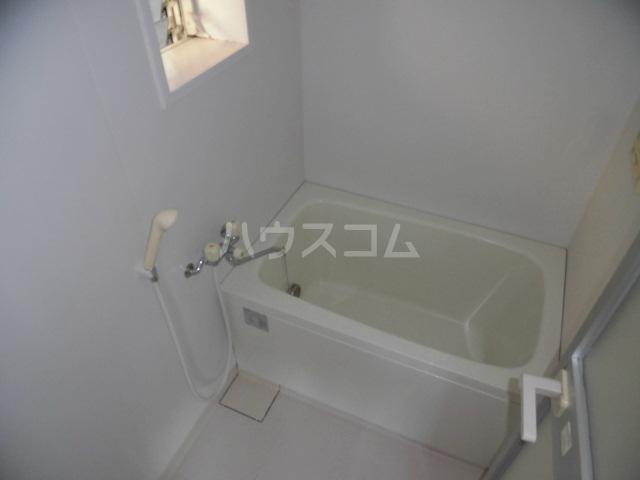 ハイム佐幸 201号室の風呂