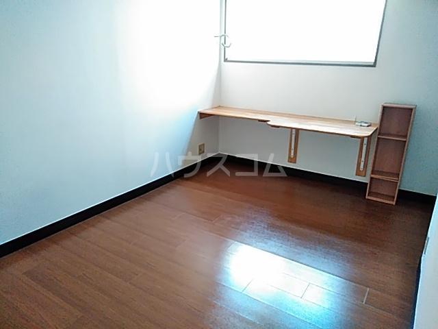 アーバンライフミクニ 307号室のリビング