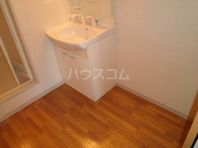 パーミーハイツ 207号室の洗面所