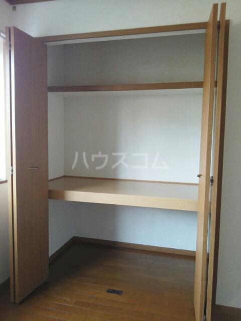 バンページュONE B 01030号室の収納