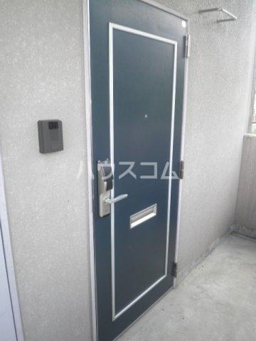 竹成マンション 2E号室の玄関