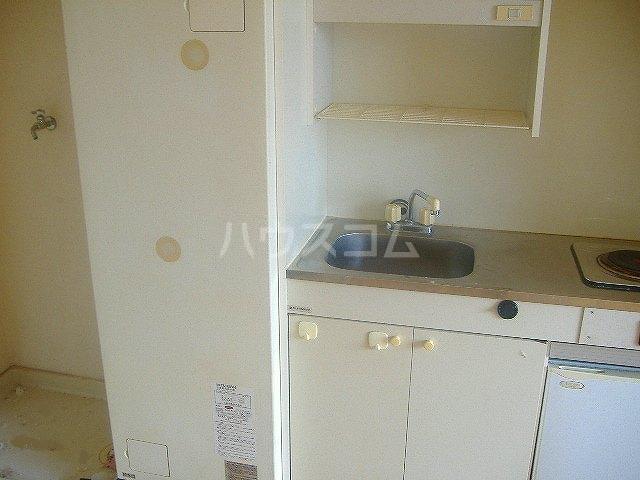メゾン滝川 209号室のキッチン
