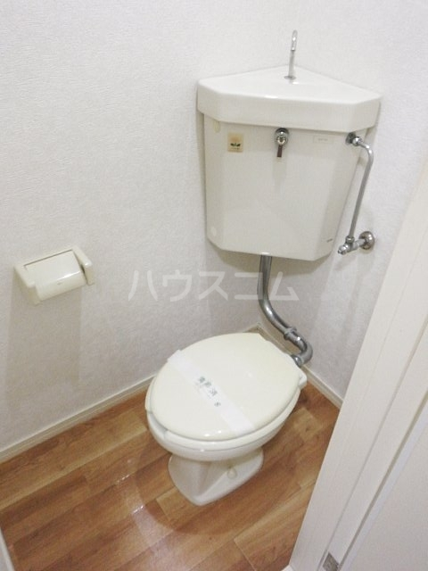 タバーナ長洲 102号室のトイレ