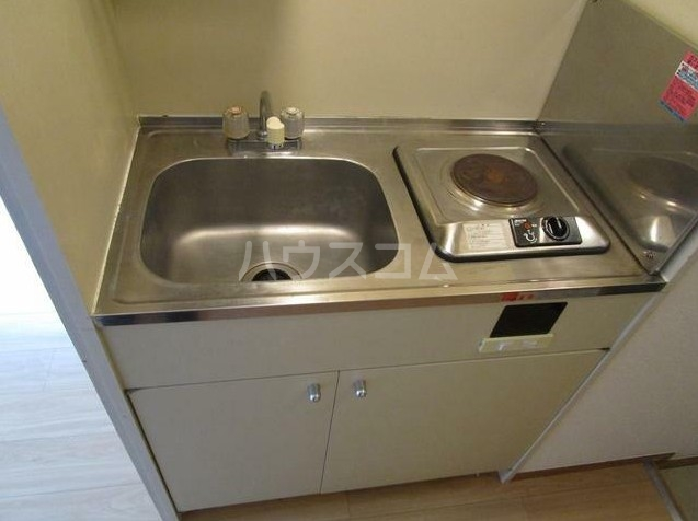 アーバンホーム洗足池 303号室のキッチン