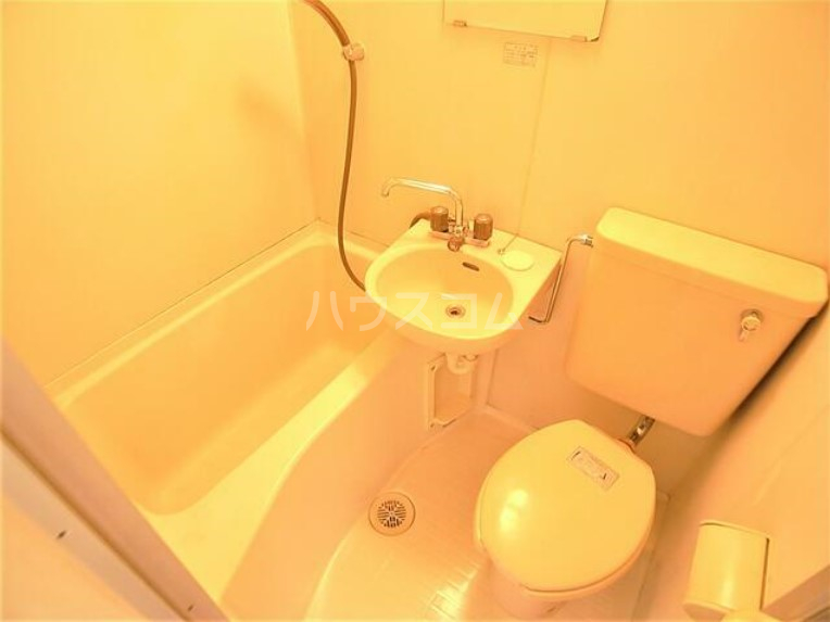 トミハウス 202号室の風呂