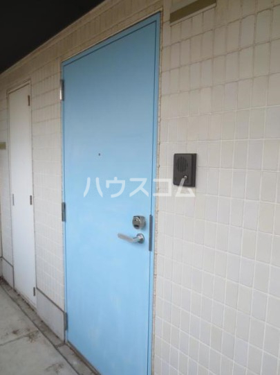 K's 303号室の玄関