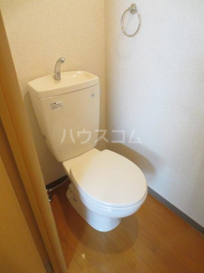 K's 303号室のトイレ