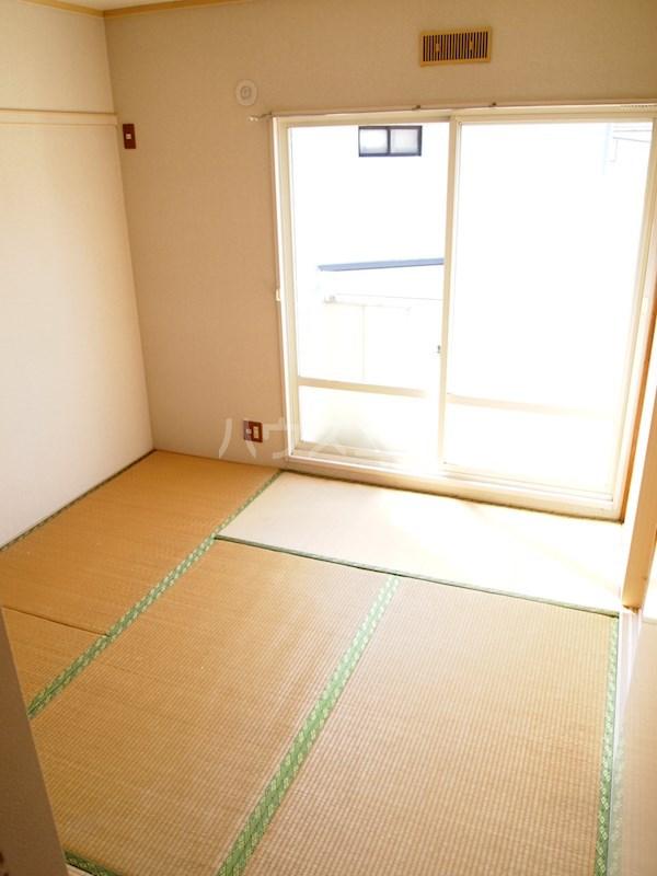 アーバンハイツ南福岡 202号室のベッドルーム