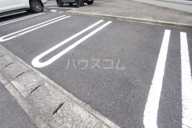 セジュール渋谷 105号室の駐車場