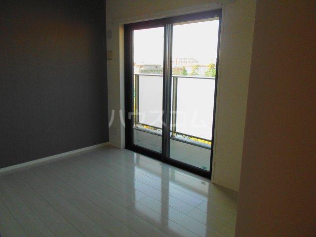 プレミスト西新CRONO 601号室の居室