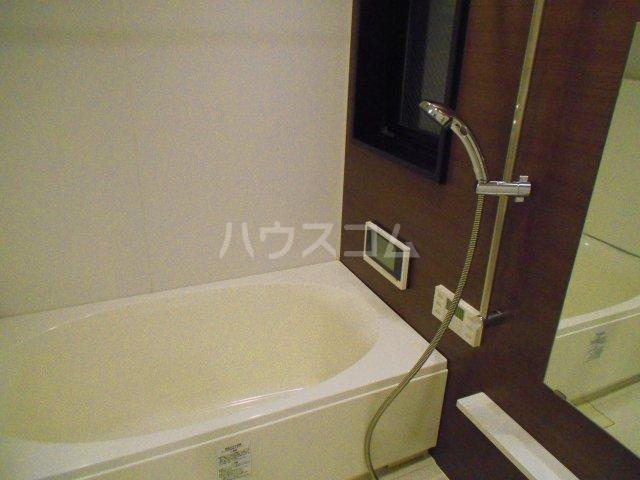 プレミスト西新CRONO 601号室の風呂