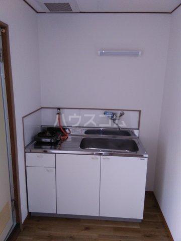 パソム岸根公園 102号室のキッチン