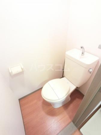 グランドサニーハイツ 102号室のトイレ