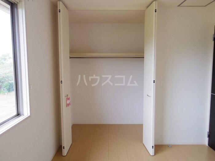 サンモール 203号室の居室