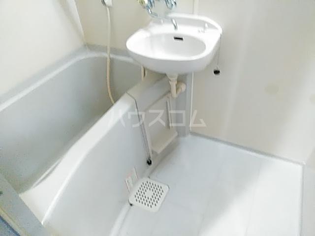 グランデ御池 401号室の風呂