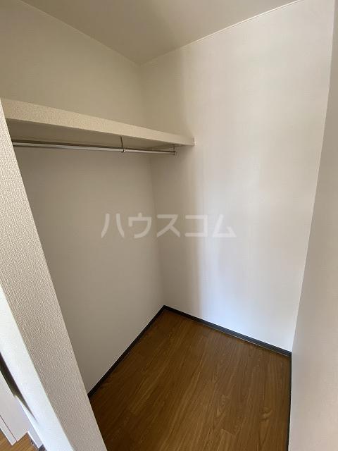 アネックス若松 201号室の収納