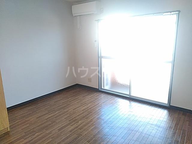 アプローズShimazu 203号室のリビング