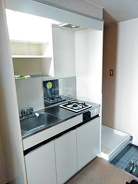 コナビック上西 4G号室のキッチン
