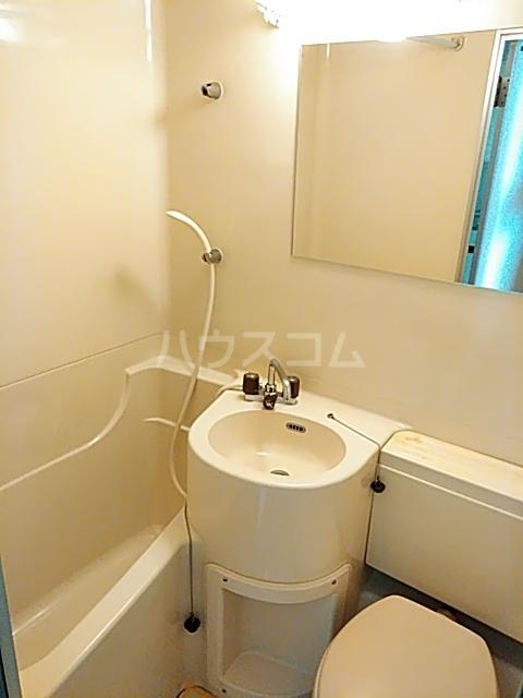 コナビック上西 4G号室の風呂