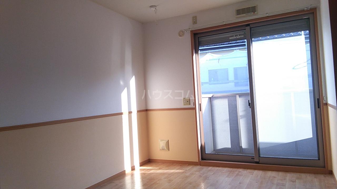 コンフォート熊谷 203号室のベッドルーム
