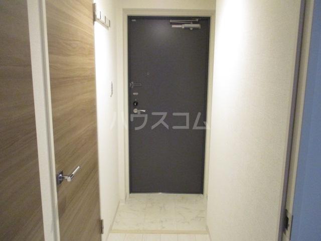 HTセタアベニュー 101号室の玄関