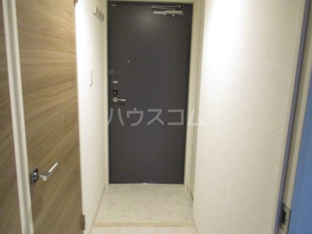 HTセタアベニュー 104号室の玄関