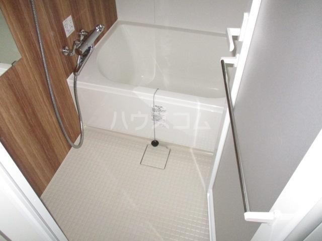 HTセタアベニュー 206号室の風呂