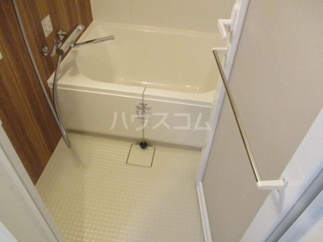 HTセタアベニュー 406号室の風呂