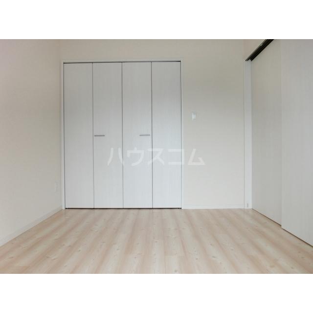 ロードパレスⅠ 301号室の居室