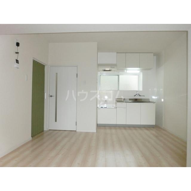 ロードパレスⅠ 301号室のキッチン