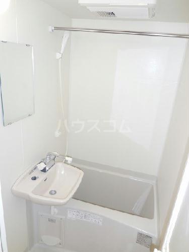 レオパレス真 101号室の風呂