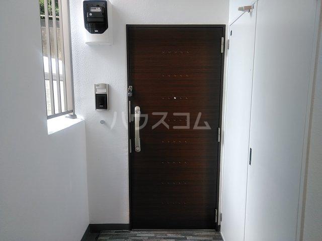 ラ・ルミエール 01010号室の玄関