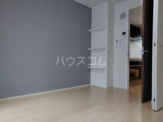 ラ・ルミエール 01010号室の居室