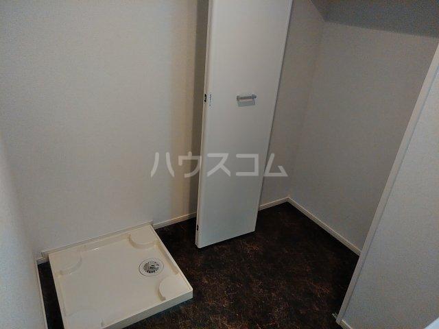 ラ・ルミエール 01010号室の洗面所