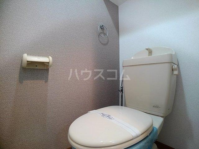 スヴニ-ルⅡ 04010号室のトイレ