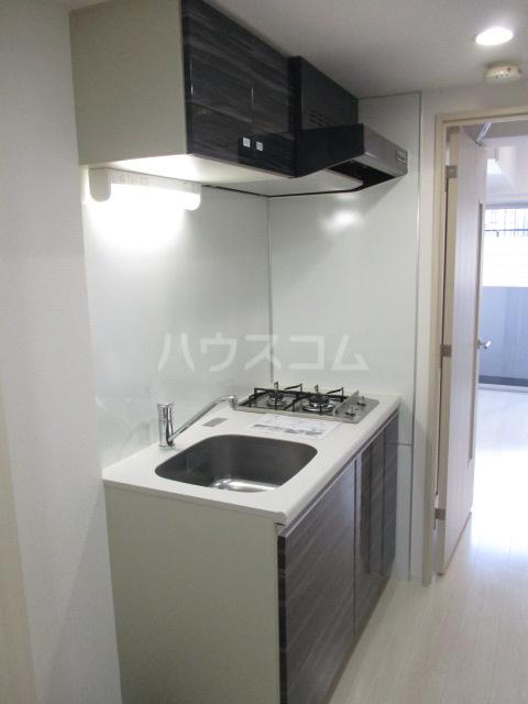 ブライズ蒲田WEST 103号室のキッチン