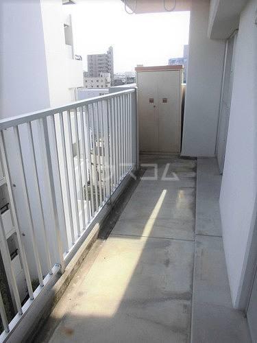 プラザ春日井 504号室のバルコニー