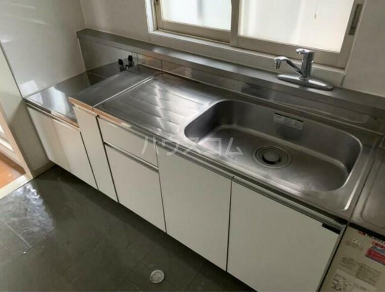 石井第一ビル 40A号室のキッチン
