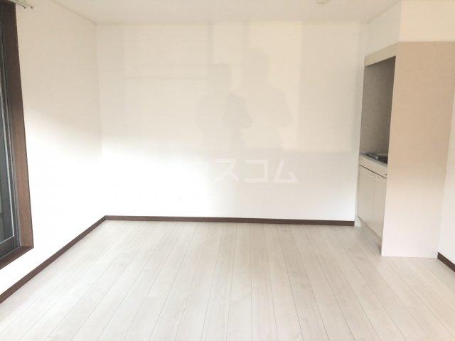 JP'sYOKOHAMA 503号室のリビング