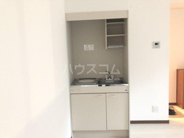 JP'sYOKOHAMA 503号室のキッチン