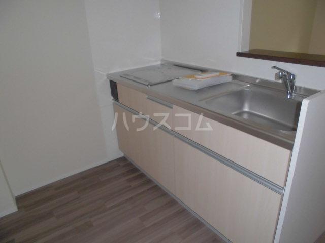 モン トレゾール 101号室のキッチン