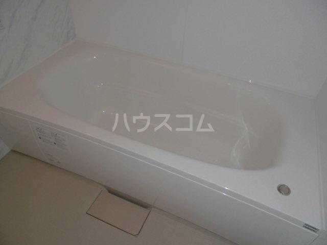 モン トレゾール 101号室の風呂